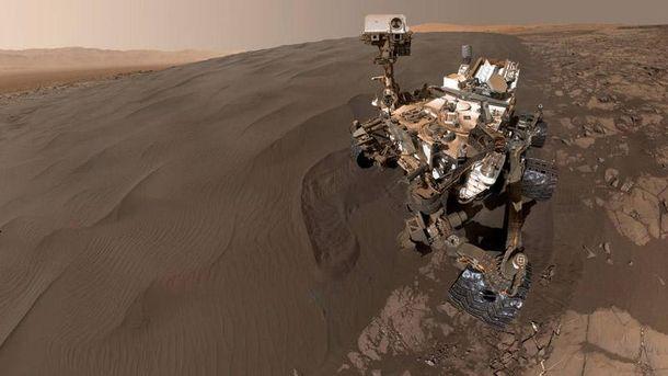 Селфи Curiosity на Марсе