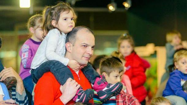 Єгор Соболєв з дітьми