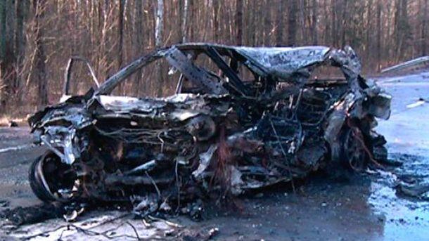 Обгоріле авто