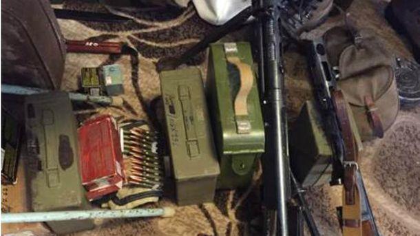 Арсенал зброї знайшли в Києві
