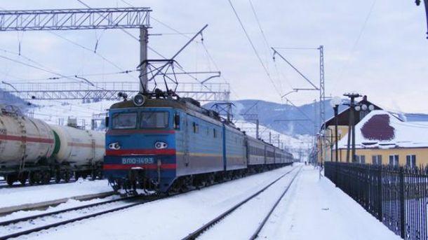 Пасажирський потяг