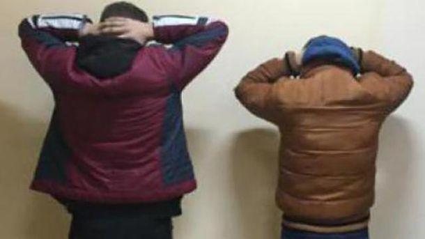 Двое задержанных