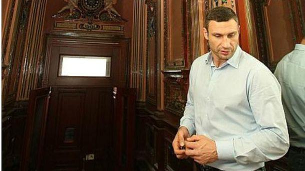 Виталий Кличко в своей киевской квартире