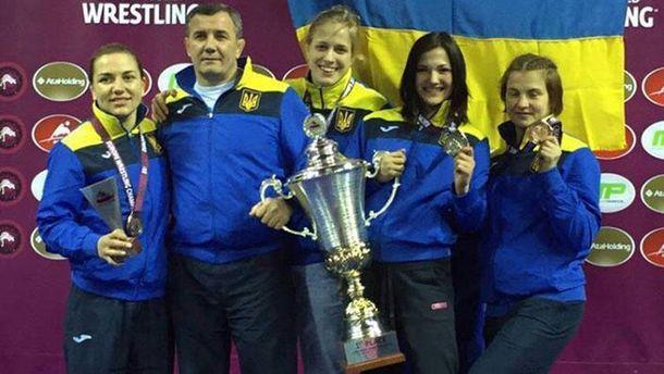 Украинская женская сборная по борьбе