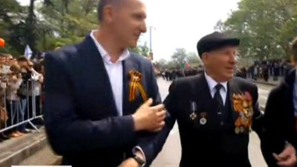 Антон Шевцов  на параде