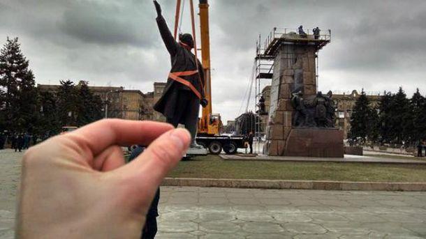 Демонтаж Леніна у Запоріжжі