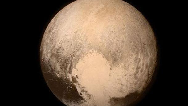 На снимке, сделанном NASA, видно, что на планете Плутон было озеро