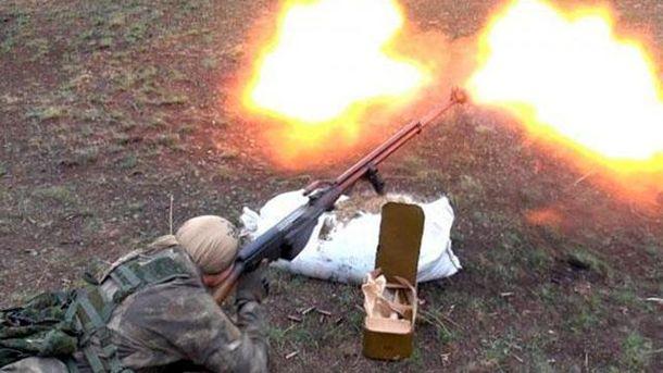 Терорист відкрив вогонь