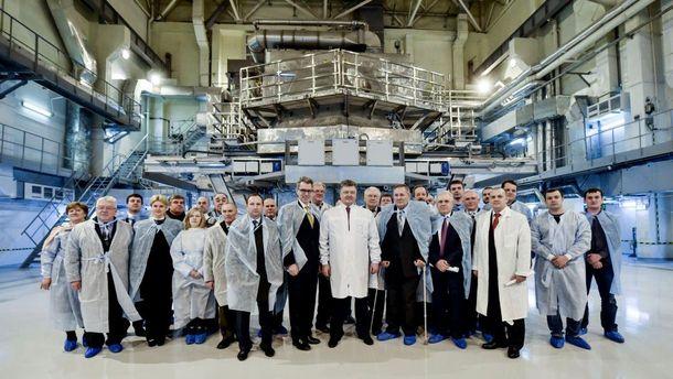 Президент на зустрічі з фізиками-ядерниками у Харкові