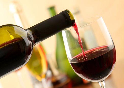Ученые: умеренное потребление вина непродлевает жизнь