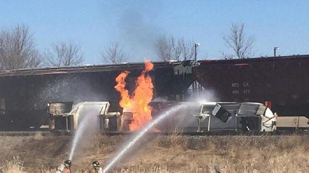 Пожар на железной дороге в США
