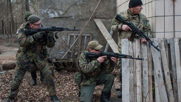 Українські військові на навчаннях