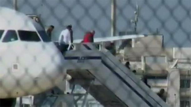 Пассажиры похищенного самолета