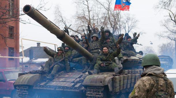 Россия обеспечивает боевиков техникой