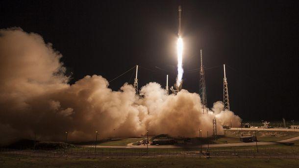 Старт ракеты Falcon 9