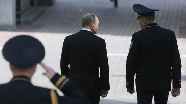 Украина будет оставаться зоной войны, пока живет рядом с путинской Россией, — журналист