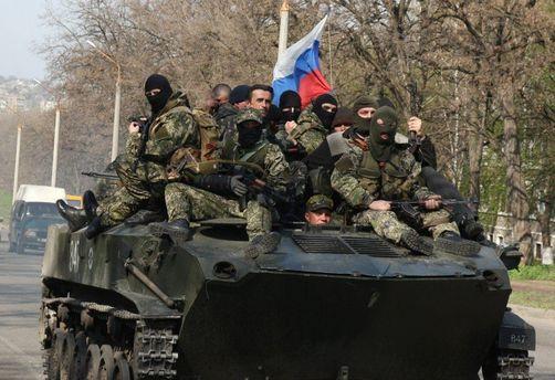 Танк с российскими наемниками на Донбассе