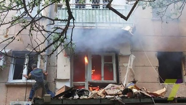 Пожежа після вибуху в Одесі