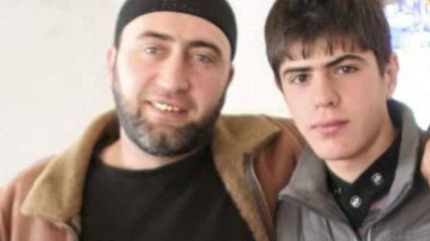 Енвер Мамутов з сином