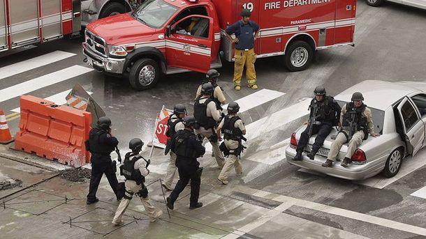 Полиция прибыла на место стрельбы