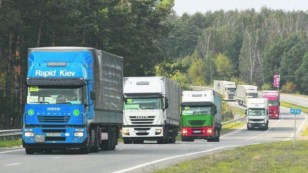 Туреччина блокувала українські вантажівки на кордоні