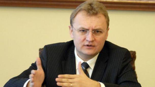 Андрей Садовый просит помощи у депутатов