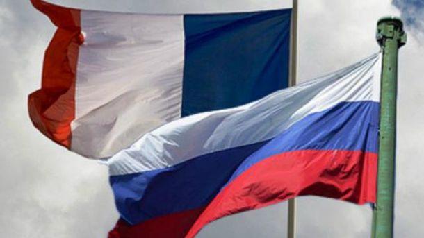 Сенат Франции советует отменить санкции против России