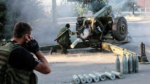 Російські окупанти продовжують використовувати важке озброєння