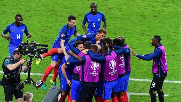 Радость французов после первого гола