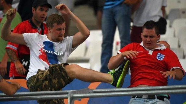 Массовые беспорядки в Марселе после матча Англия-Россия