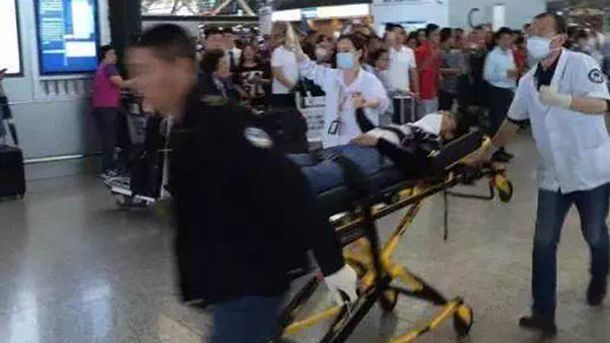 Пострадавший от взрыва в аэропорту Шанхая