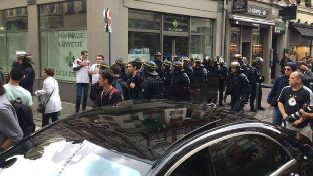 Столкновение оперативно успокоила полиция