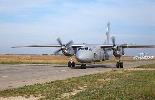 Ан-26 уже прилетел за украинскими заключенными