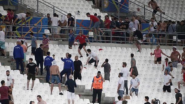 Бесчинства российских фанатов после матча Англия – Россия