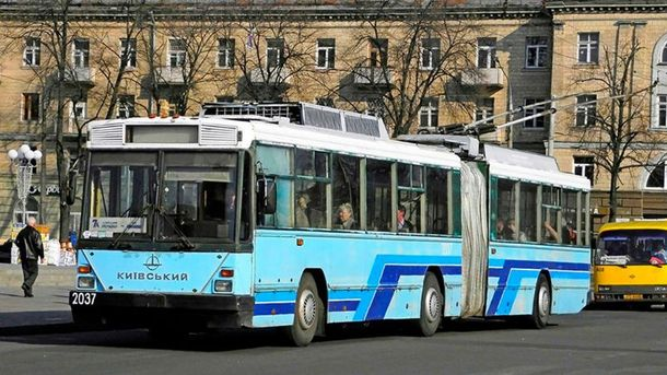 Громадський транспорт у Черкасах