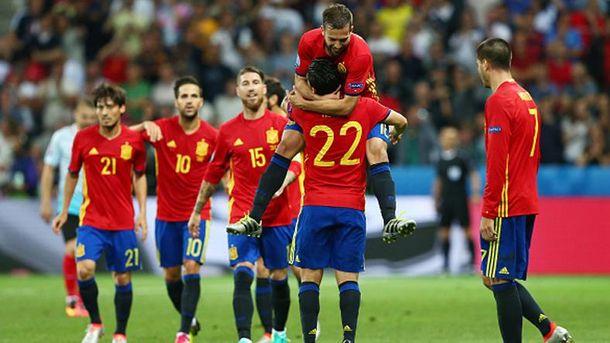 Испанцы ликуют