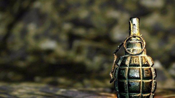 Підлітки знайшли гранату у сквері (ілюстрація)