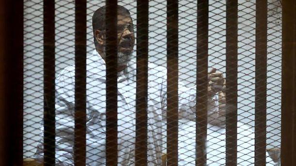 Заключенный Мухаммед Мурси