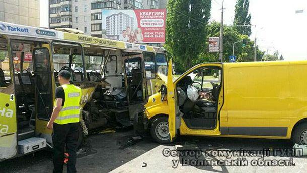 Почти все пострадавшие — пассажиры маршрутки