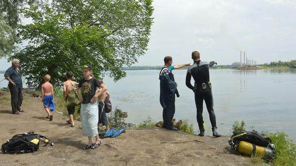 Для обнаружения тел погибших использовались водолазы