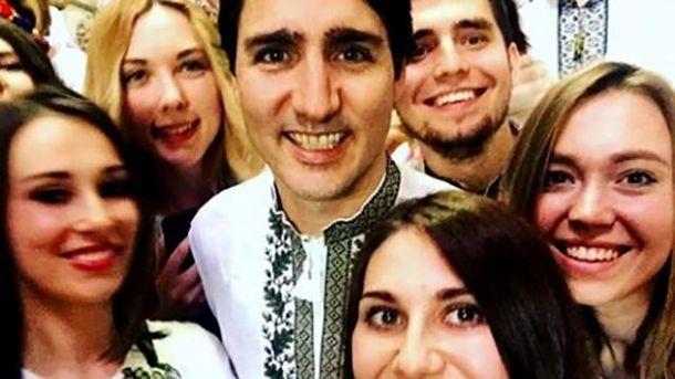 Прем'єр-міністр Канади Джастін Трюдо у вишиванці