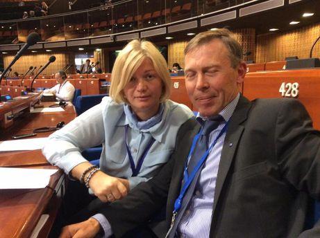 Ірина Геращенко з Сергієм СОболєвим на сесії ПАРЄ