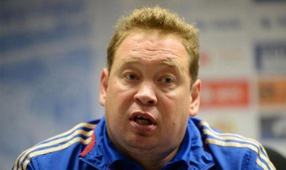 Слуцкий извинился перед болельщиками иподал вотставку