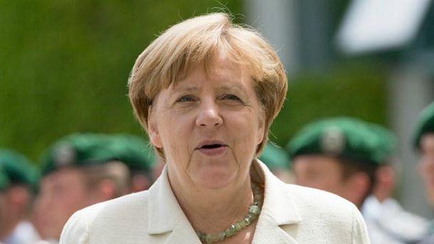 Меркель результативно поговорила с Порошенко