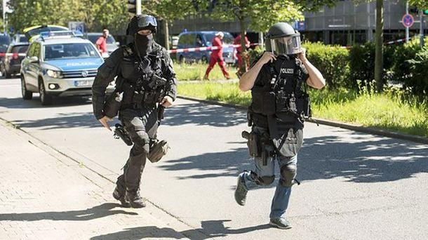 Стрілянина в Німеччині