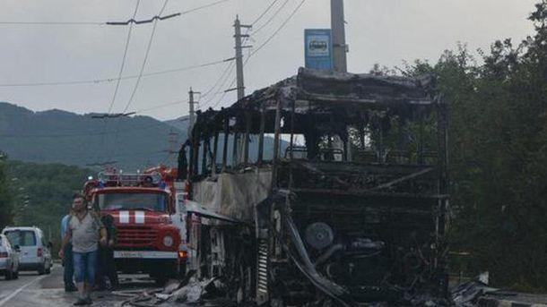 Згорів автобус у Криму