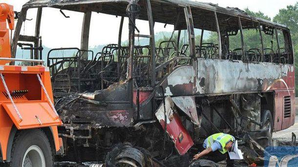 В Китае сгорел автобус