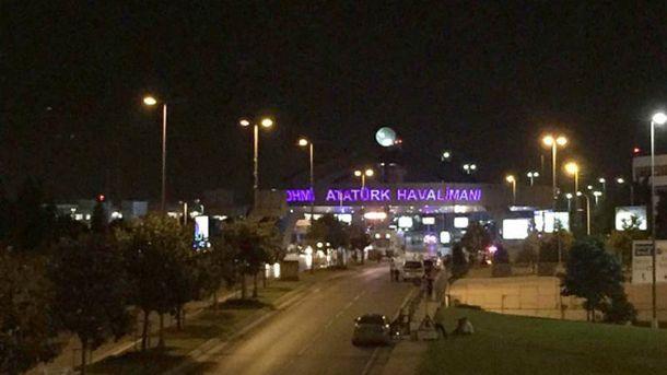Вибухи сколихнули аеропорт у Стамбулі