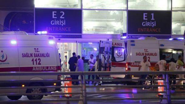 Скорые в аэропорту имени Ататюрка в Стамбуле