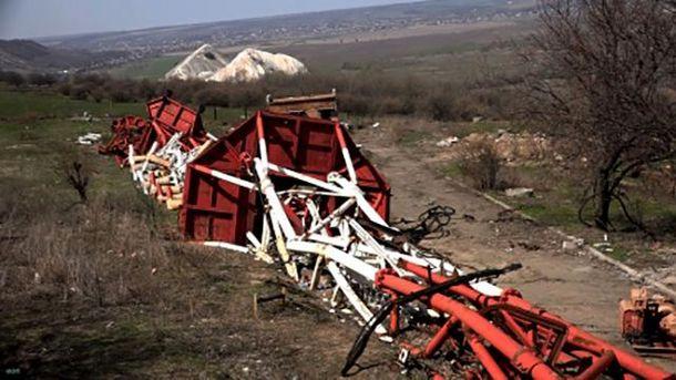 Знищена вежа на горі Карачун